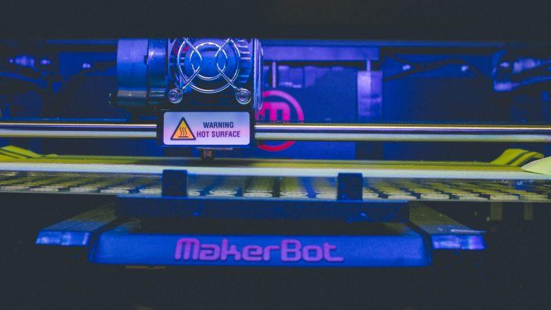 Maskine med UV lys